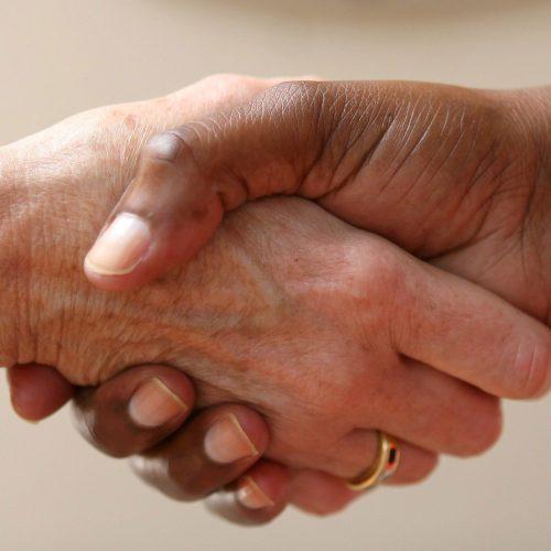 1960-Handshake